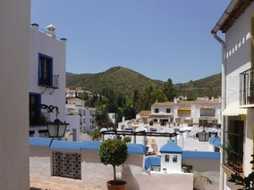 benahavis-over-village.jpg